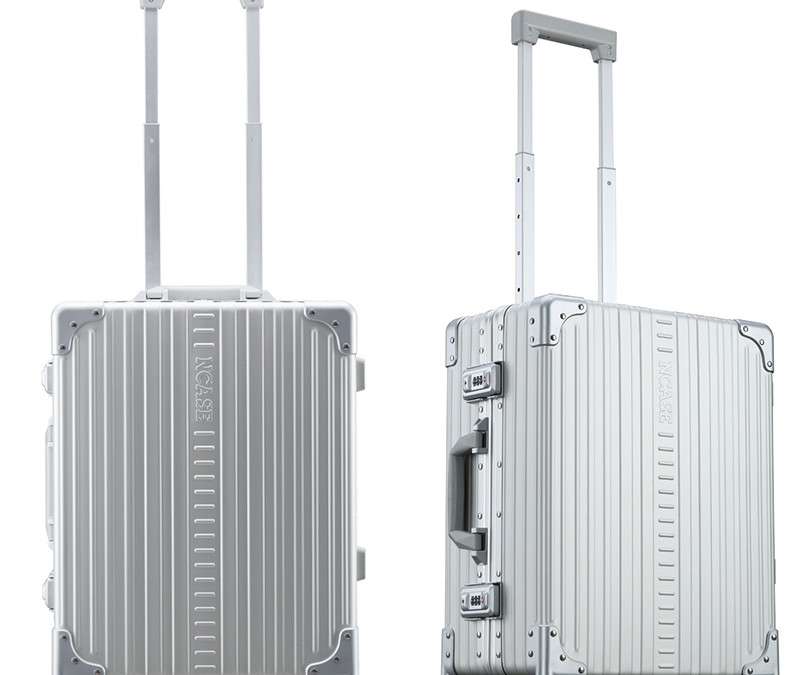 C2255 22-inch Classic Carry-on Silver