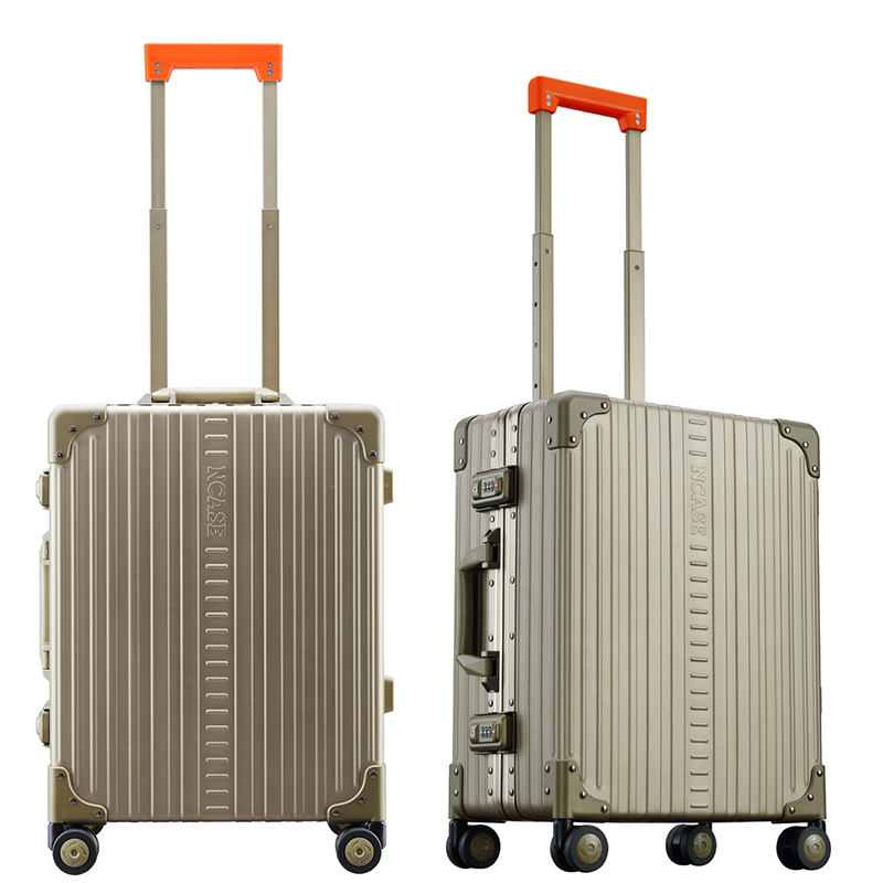 M2255 22-inch Modern Carry-on Champagne